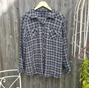 Torrid Super Soft Plaid Flannel Size 1